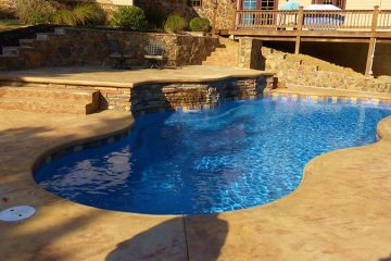 Aquamarine pools cincinnati fiberglass pool construction for Fiberglass pool installation